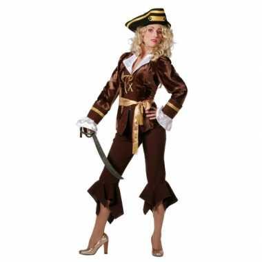 Goedkoop carnavalskleding piraat dames