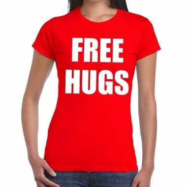Goedkoop free hugs tekst t shirt rood dames carnavalskleding
