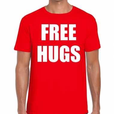 Goedkoop free hugs tekst t shirt rood heren carnavalskleding