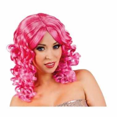 Goedkoop roze glamour damespruik golvend haar carnavalskleding