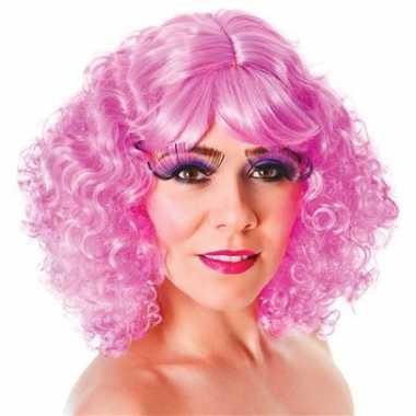 Goedkoop roze pruik pony krullen carnavalskleding