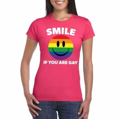 Goedkoop smile if you are gay emoticon shirt roze dames carnavalskled