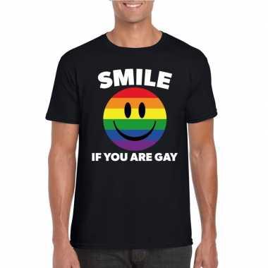 Goedkoop smile if you are gay emoticon shirt zwart heren carnavalskle