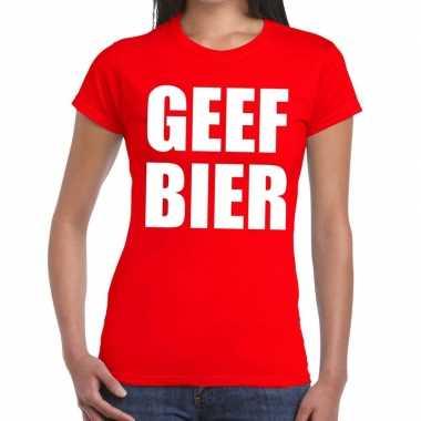 Goedkoop toppers geef bier tekst t shirt rood dames carnavalskleding