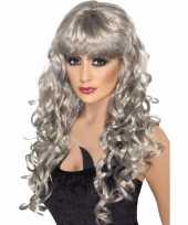 Goedkoop grijze dames pruik lang krullend haar carnavalskleding